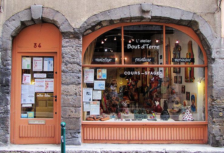 Marianne Talmon, Atelier Bout d'Terre, cours, stages de peintures, sculptures, mosaïque, Lyon