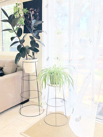 THE EASIEST way to make a PLANT STAND