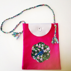 Girly bag with appliqué