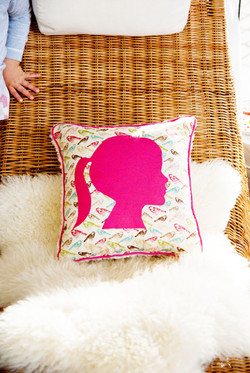 Silhouette pillow