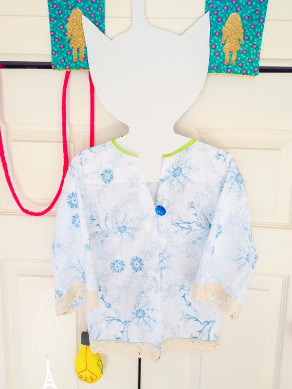 Lace kimono.jpg