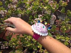 Pincushion bracelet