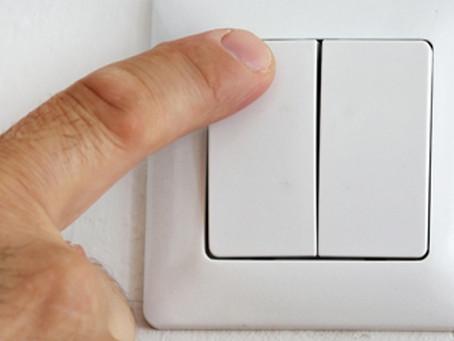 Como o aquecedor solar reduz os custos de energia?