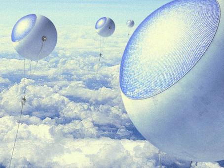 Uma estrutura solar acima das nuvens