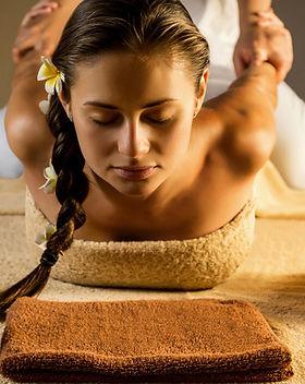 massage thai traditionnel.jpg
