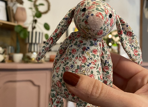 Jellycat ,Tiny blossom silver Bunny