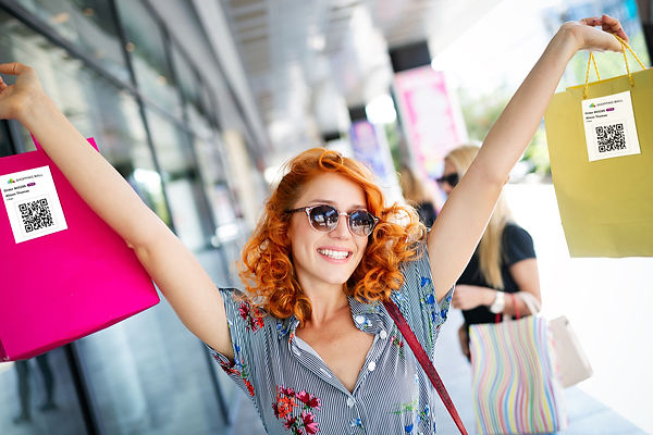 woman-happy-shopper-qr.jpg