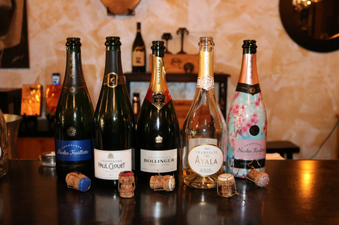 Bubbles Wine Class