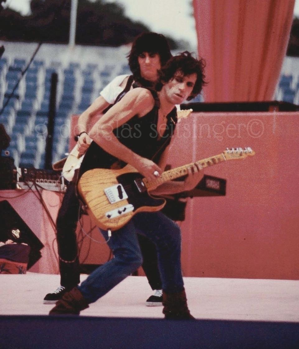 Keith Richards & Ronnie Wood_Dallas '81