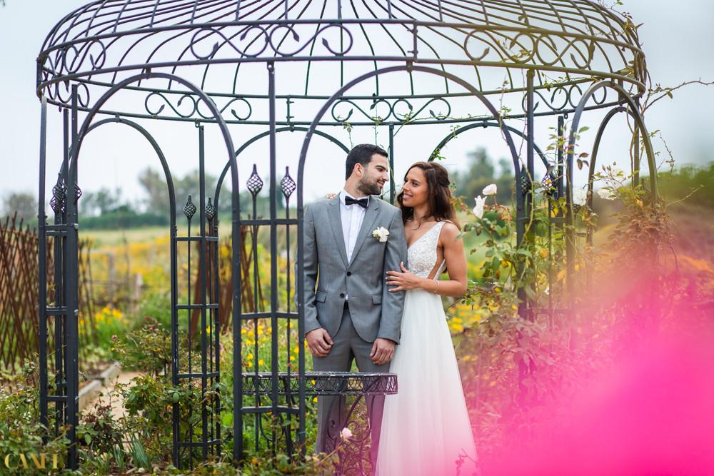 חתונה במערבה תחת כיפת השמיים
