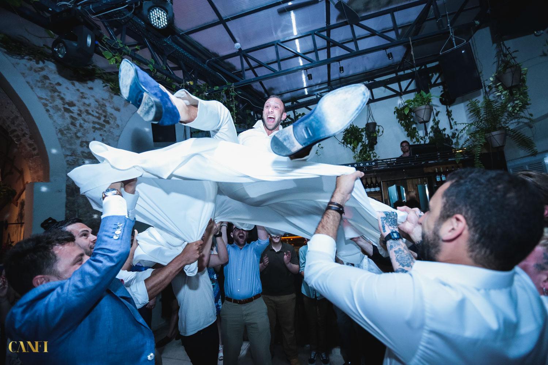 גלריה לורנס, כנפי צילום חתונות בתל אביב, צילום חתונה ביפו, חתונה על הים ביפו
