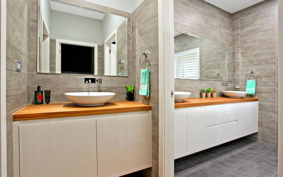 Hawkesbury bathrooms and Kitchens (32)