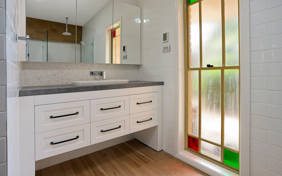 Small Bathrooms-Powder Rooms (21)