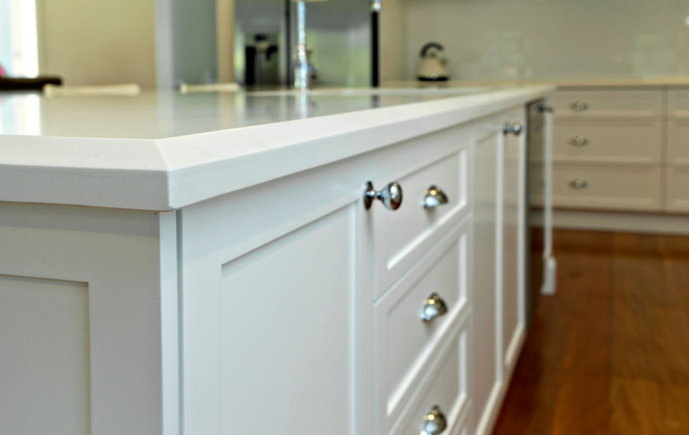 French Provincial Kitchen benchtop bevel