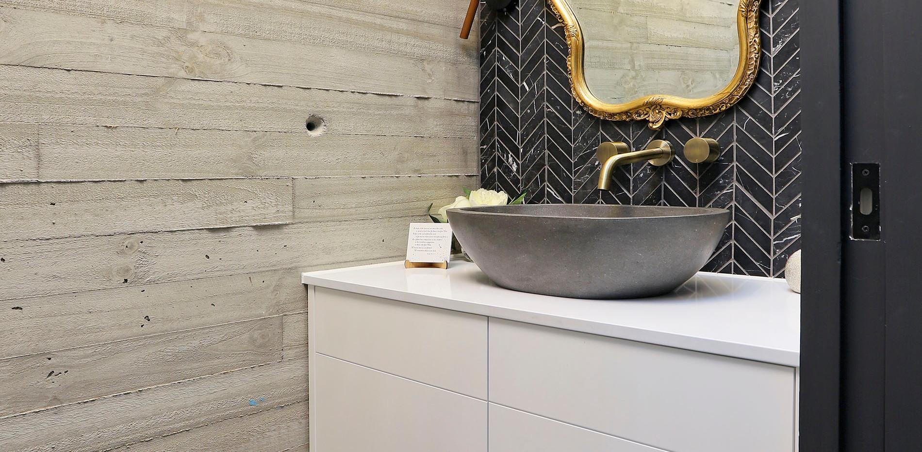 Small Bathrooms-Powder Rooms (19)