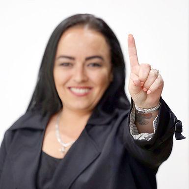 Sally 1 Finger.jpg