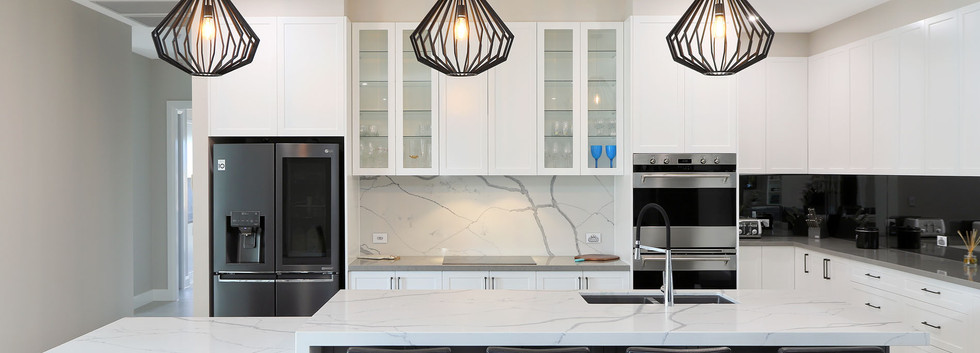 Modern Kitchen with marble benchtop