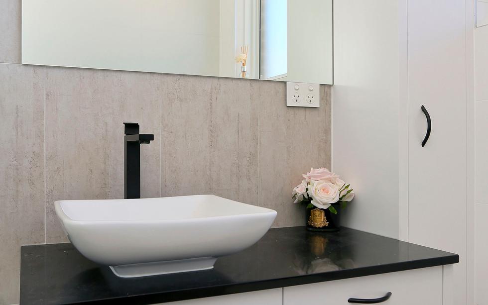 Small Bathrooms-Powder Rooms (1)