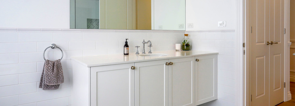 Hawkesbury bathrooms and Kitchens (10)
