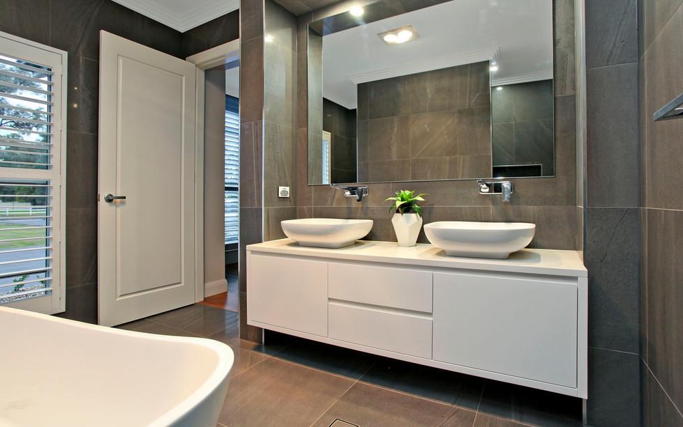 Hawkesbury bathrooms and Kitchens (25)