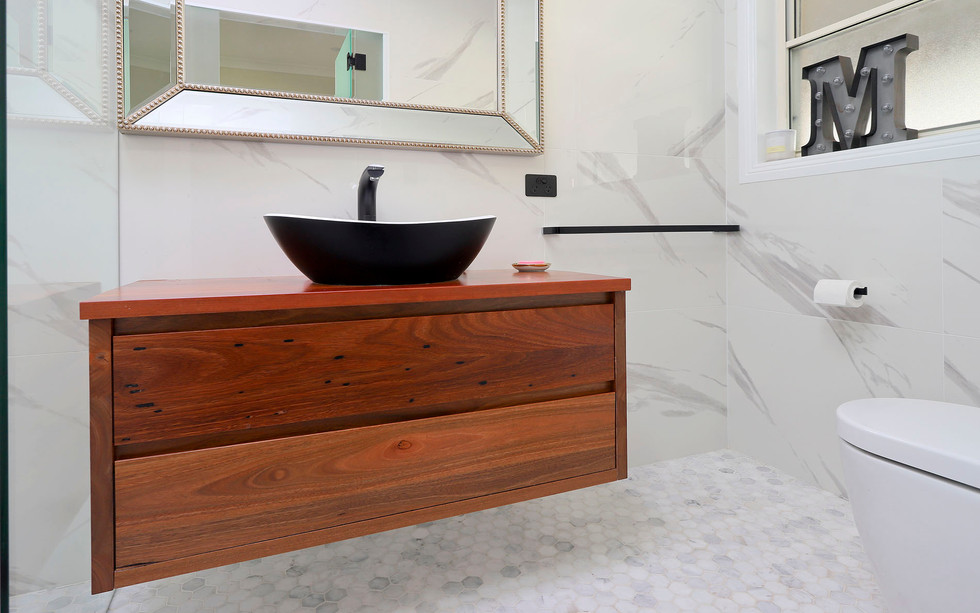Small Bathrooms-Powder Rooms (2)