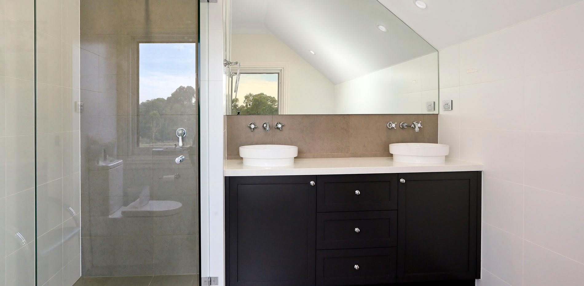 Small Bathrooms-Powder Rooms (12)