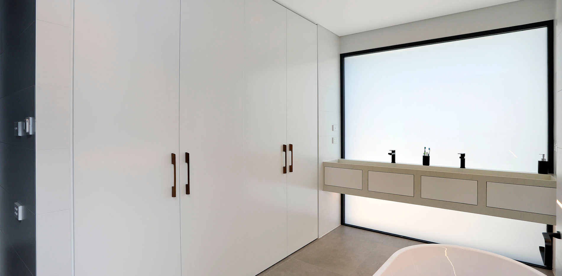 Small Bathrooms-Powder Rooms (18)