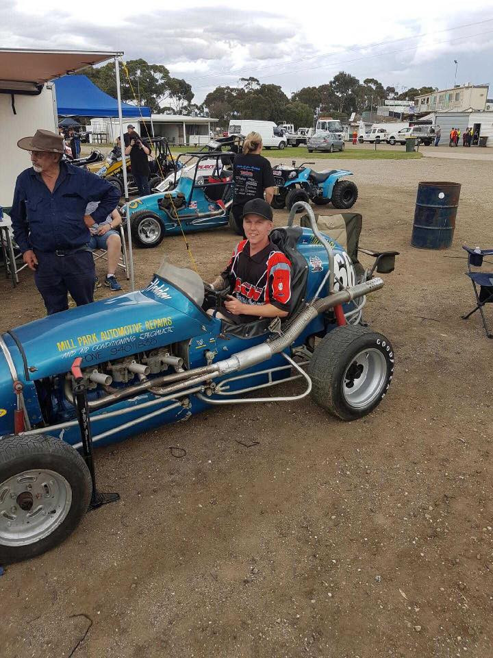 Pretty special moment last night at the Beasley memorial wth all the modern day speedcars and all the classic vintage speedcars. To see the first ever car that pop built from ground up still running around the track today was something.. If he was hear to see it he woulda been in his own world last night