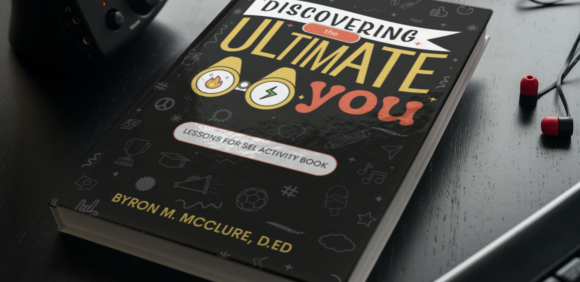 mockup-of-a-hard-cover-book-on-a-table-w