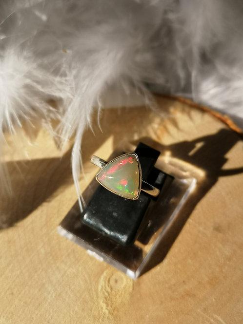 Bague opale réglable du 50 au 56