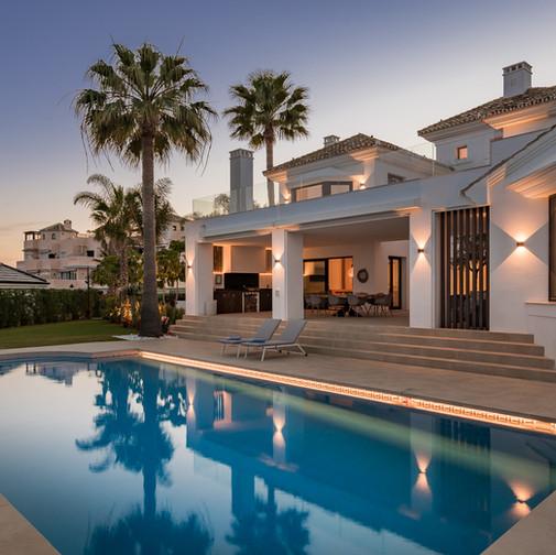 Baltasar Rios Villa Elviria Night WEB-2.