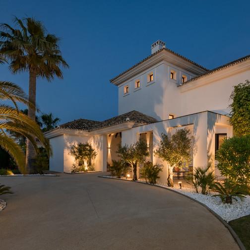 Baltasar Rios Villa Elviria Night WEB-13