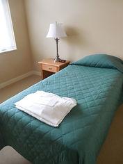 2021-09-03 bedroom_twin 500.jpg