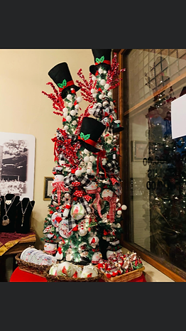 Gift Shop Tree.PNG
