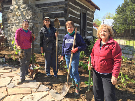 Master Gardeners Establish Pauline's Cottage Garden