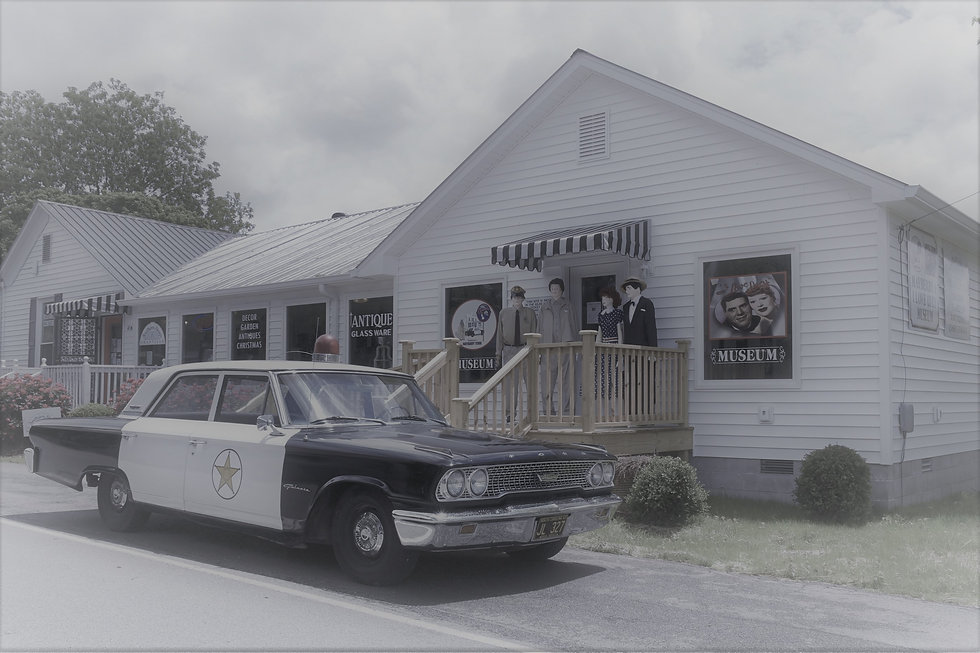 Mayberry Lucy Front  (2).JPG