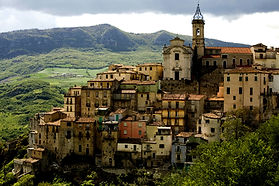 appassionata me tuscan village italian artistic travel adventure