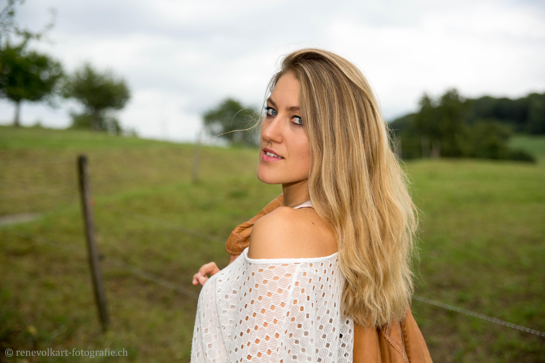Manuela_006
