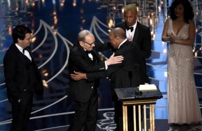 Oscar 2016, vincono Morricone e Di Caprio