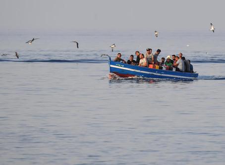 Migranti: 7 sbarchi nella notte a Lampedusa, ora sono 1400