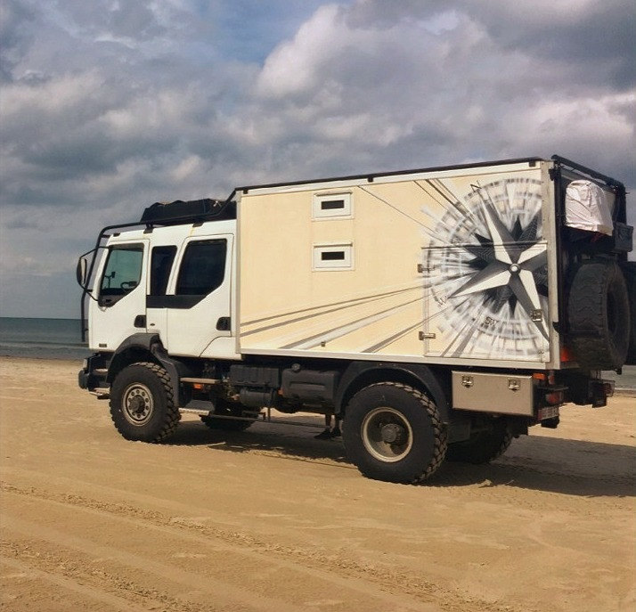 Truck Custom Compass