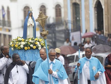 DEVOÇÃO A MAMÃ MUXIMA - ANGOLA.