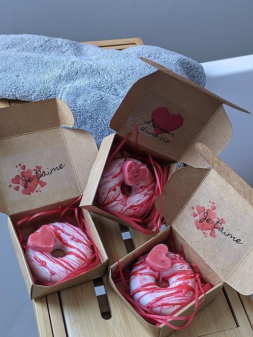 Beignet fruité avec coeur et petit message