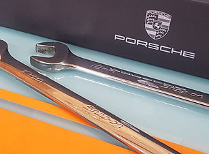 Porsche_repairs2.jpg