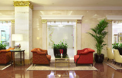 din-hotel-lobby-bar-3.jpg