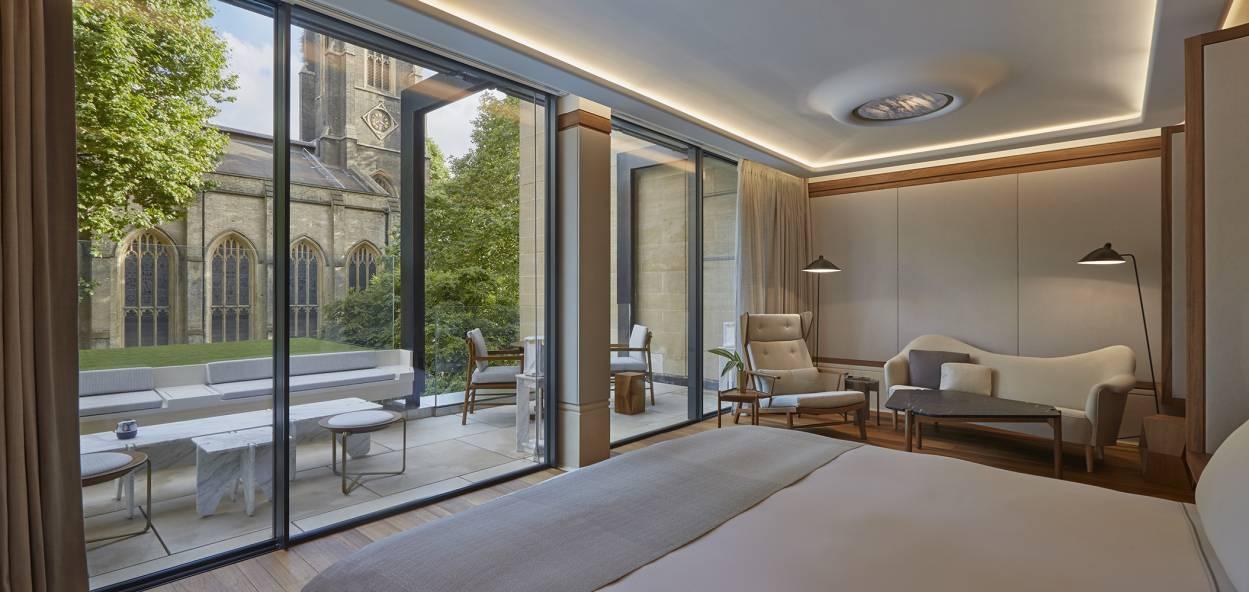 Grand Terrace Suite Bedroom