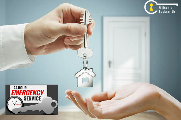 Emergency_locksmith