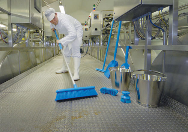 Solutions-Industry-Cleaning-Tools-570x40