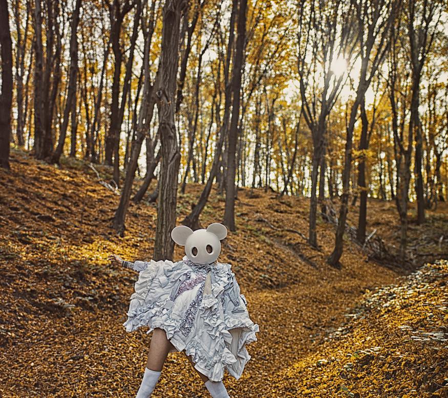 Wardrobe Credits:   collection - Marta Pilas @pilas.marta