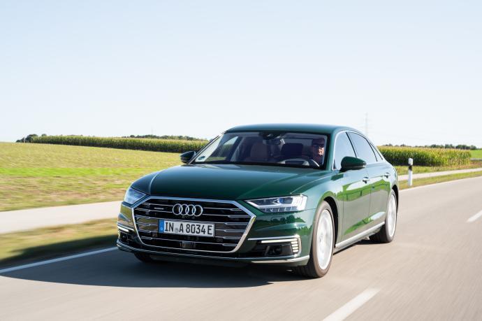 D5-Audi-A8-L-60-TFSI-e-15.jpg